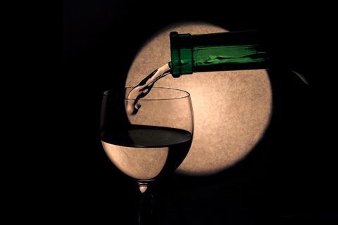 wine_moon.jpg