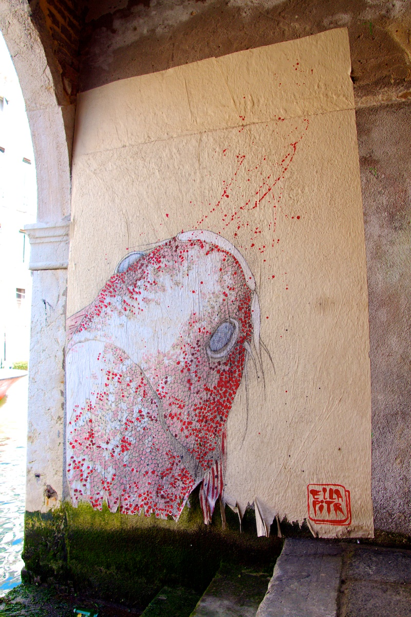 private fish painting in sottoportego